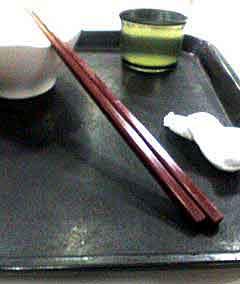 061015 文教大学湘南校舎の学食の箸