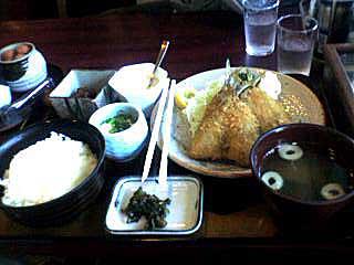 061105 みやこ荘の鰺フライ定食