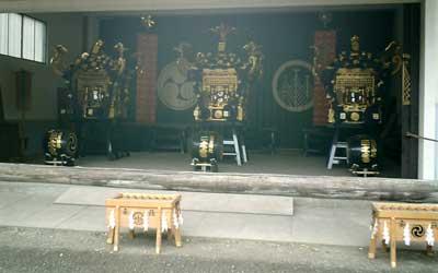 080427 浅草神社の御輿群